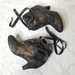 NWOT Jeffrey Campbell Ibiza Maybe Ankle Booties